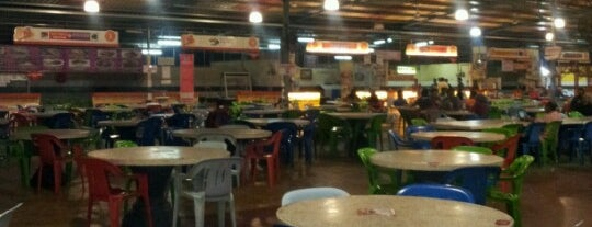 Maza Jungle Food Court is one of Makan @ Pahang #1.