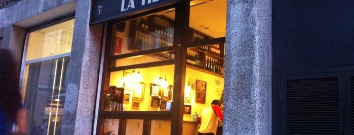 Bodega la Tieta is one of En Ocasiones Veo Bares Barcelona.