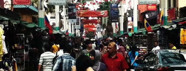 Petaling St. (茨厂街 Chinatown) is one of Cool KL.