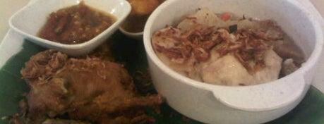 Waroeng Oma is one of Must-visit Food in Petaling Jaya.