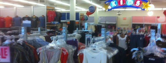 Old Navy is one of Top 10 favorites places in Fairlawn, OH.