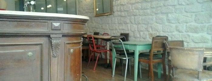 Le Comptoir des Chineurs is one of Restos favoris.