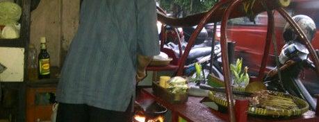 Warung Sate Asli Solo Pak Pur is one of Goyang Perut.