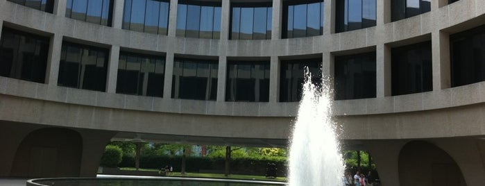 Hirshhorn Museum and Sculpture Garden is one of Must-visit Arts & Entertainment in Washington.