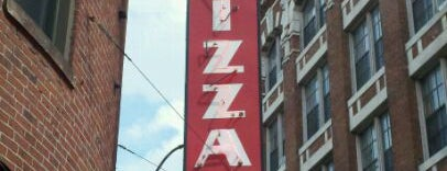 Regina Pizzeria is one of BUcket List.
