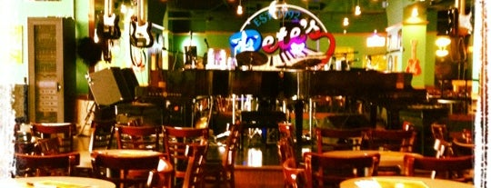 Pete's Dueling Piano Bar is one of Alternatives to The Usual.
