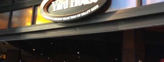 Yard House is one of Go to places.