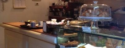 Fujiyama B&B Tea Room is one of Venezia.