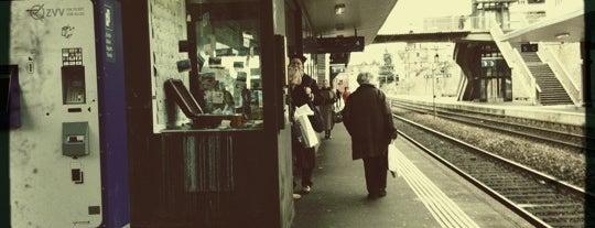 Bahnhof Thalwil is one of Bahnhöfe Top 200 Schweiz.