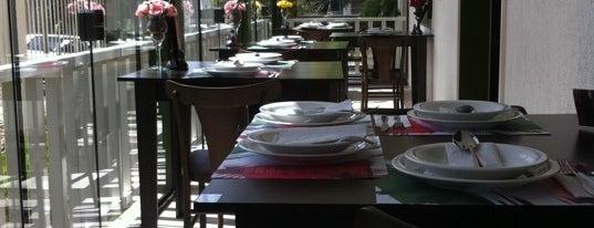 Piatto di Nonno is one of Top 10 lugares para comer.