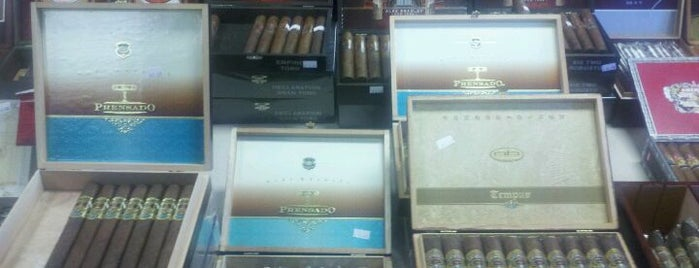 Tobacco Leaf is one of La Palina Retailers.