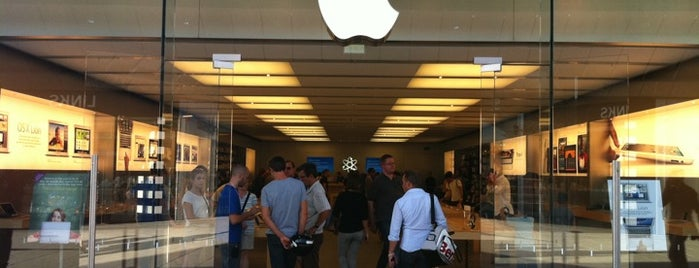 Apple Store, Odysseum is one of All Apple Stores in Europe.