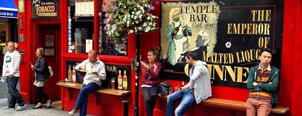 The Temple Bar is one of Things I want to do in Dublin.