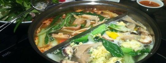 Coca Suki is one of Top 10 dinner spots in กรุงเทพมหานคร, ประเทศไทย.