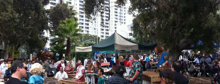Santa Monica Farmers Market - Sunday is one of Eat & Drink: Santa Monica / Venice.