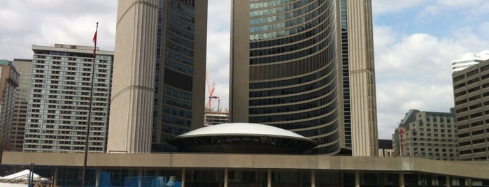 Toronto City Hall is one of Toronto City Guide #4sqCities.