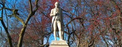 Alexander Hamilton Statue is one of 2 do list # 2.