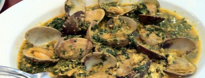 Restaurante El Faro is one of 101 cosas que ver en Andalucía antes de morir.