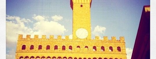 Piazza della Signoria is one of Italis.