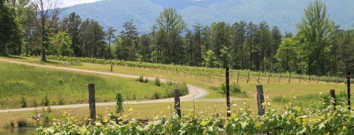 Mountfair Vineyards is one of Monticello Wine Trail.