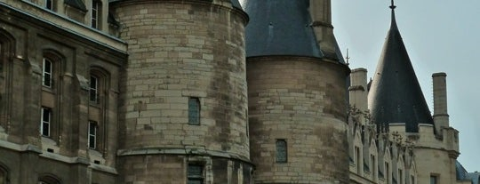 La Conciergerie is one of Places I've been before 4square.