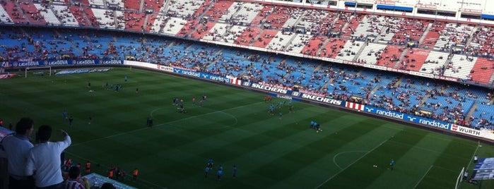 Estadio Vicente Calderón is one of Football Stadiums to visit before I die.