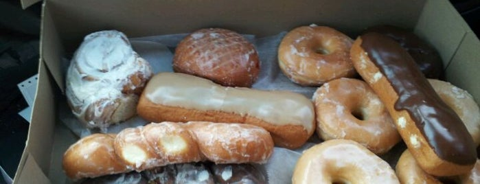 LaMar's Donuts is one of Gotta Try Donuts!.