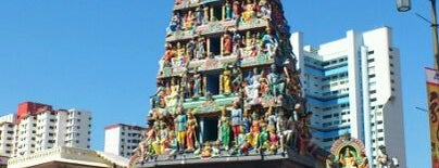 Sri Mariamman Temple is one of Simply Singapore.