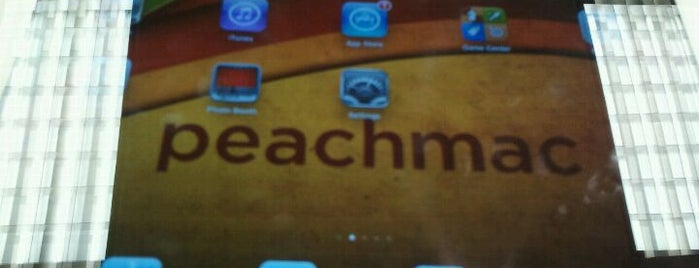 PeachMac is one of The 4sqLoveStory.