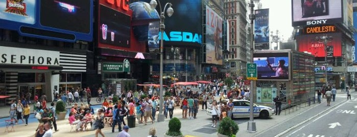 Times Square is one of Favorite FREE NYC Outdoors.