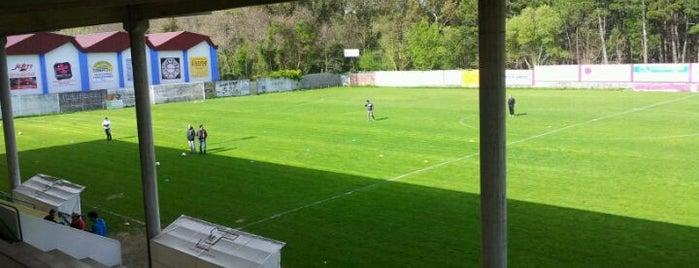 Campo Municipal De Barraña is one of Campos de fútbol.