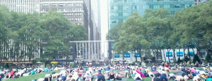 Bryant Park is one of Favorite FREE NYC Outdoors.