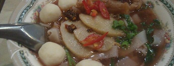 タイランドショップ タイラーメン is one of Asian Food.