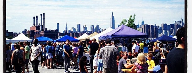 Brooklyn Flea - Williamsburg is one of to do New York.