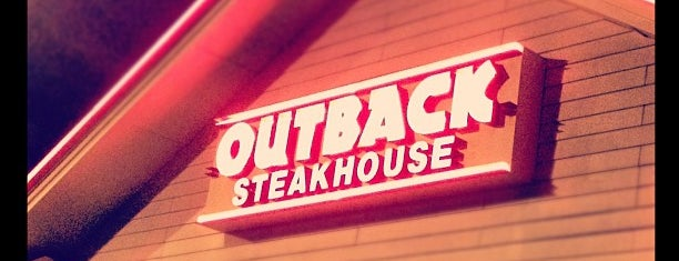 Outback Steakhouse is one of Restaurants in Porto Alegre.