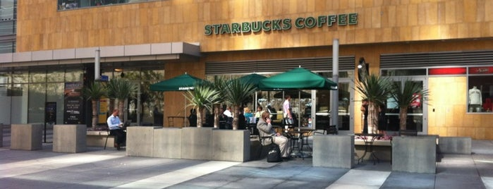 Starbucks is one of Californie.