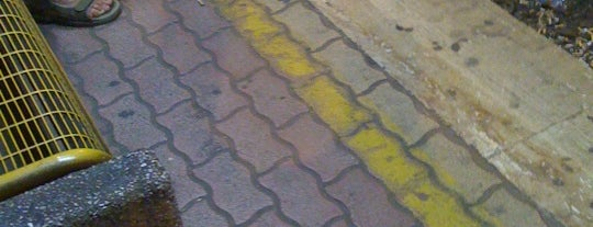 Alessi (linea Roma-Giardinetti) is one of Muoversi a Roma.