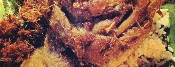 Nasi Kukus Ayam Dara is one of makan sedap.