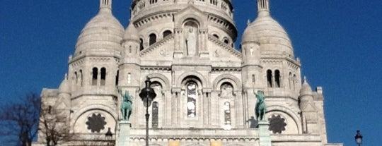 Basilique du Sacré-Cœur de Montmartre is one of Must-See Attractions in Paris.
