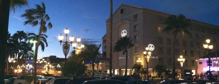 Renaissance Aruba Resort And Casino is one of Ren.