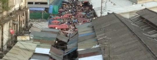 ตลาดคลองเตย (Klong Toei Market) is one of Favorite.