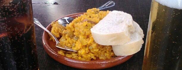 Entre Tapas is one of Donde comer y dormir en cordoba.