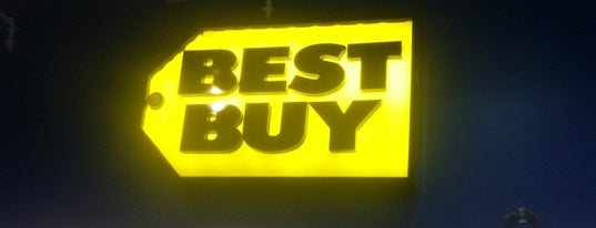 Best Buy is one of Mis lugares más queridos !.