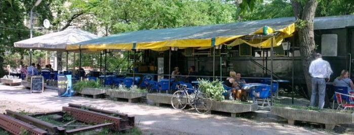 Vagon söröző is one of kedvenc helyek.