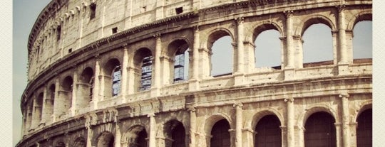 Colosseo is one of La Dolce Vita - Roma #4sqcities.