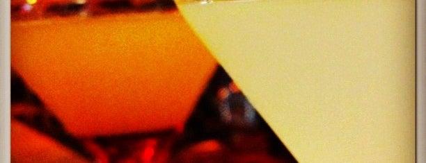 Clube Flamingo is one of Henri's TOP Bars!.