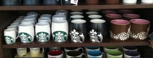 Starbucks (สตาร์บัคส์) is one of Favorite.