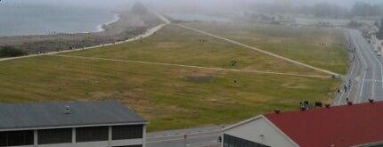 Crissy Field Overlook is one of Gretta Kruesi's Top Spots to Surf the Skies.