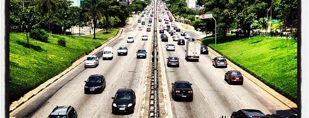 Avenida Rubem Berta is one of Principais Avenidas de São Paulo.