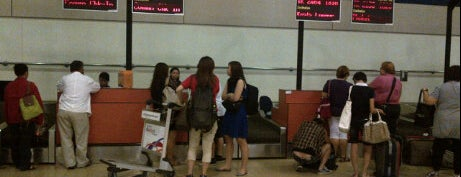Tiger Airways Check In Counter is one of Kaula Lumpur-Singapore-Indonesia-2011.